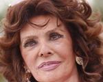 79-летняя Софи Лорен вызвала восторг публики на Каннском фестивале